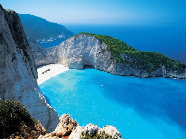 shipwreck-beach-zakynthos-greece-wallpaper-1600x1200