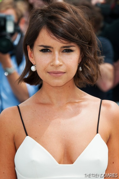 miroslava-duma-short-hair-makeup-christian-dior-fashion-show-1